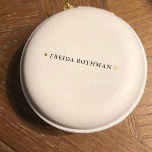 Jewelry - Freida Rothman gold chain necklace